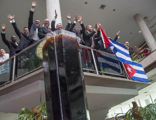 El Cuba Libre mas Grande del Mundo